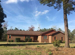 Featured Property in Belhaven, NC 27810