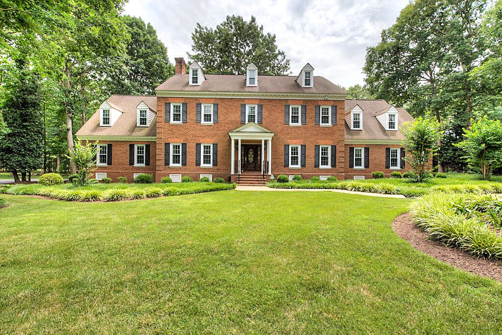 Single Family for Sale at 2730 Barrow Place Midlothian, Virginia 23113 United States