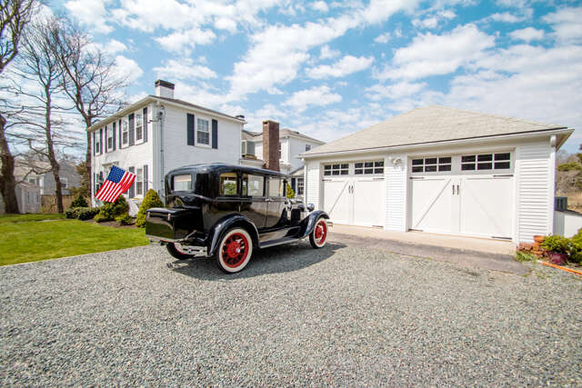 Single Family for Sale at 1211 Craigville Beach Road Centerville, Massachusetts 02632 United States