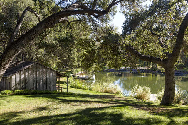 Single Family for Sale at 1464 Hidden Valley Road Thousand Oaks, California 91361 United States