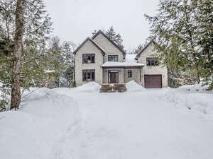 Featured Property in Cantley, QC J8V 0C5