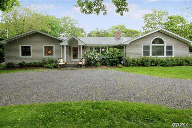 Single Family for Sale at 50 White Oak Ln Westhampton Beach, New York 11978 United States
