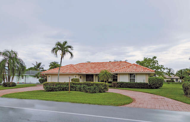 Single Family for Sale at 4730 S Lake Drive Boynton Beach, Florida 33436 United States