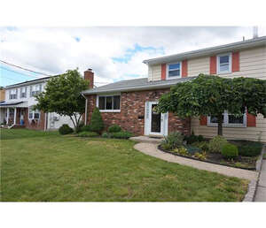 Featured Property in Sayreville, NJ 08872