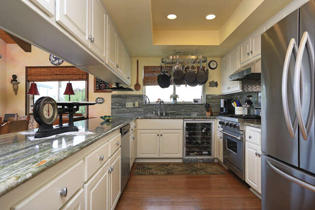 Single Family for Sale at 309 Sunset Dr Oxnard, California 93035 United States