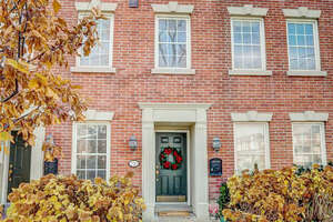 Featured Property in Toronto, ON M6H 3X1