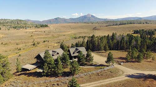 Single Family for Sale at 23800 Crane Lane Clark, Colorado 80428 United States