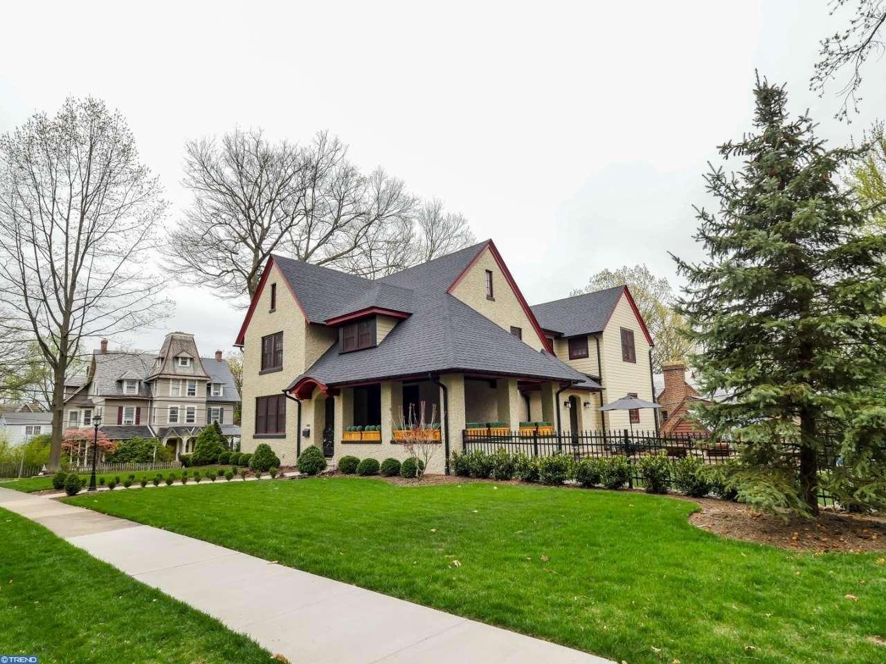 Single Family for Sale at 266 W Oakland Avenue Doylestown, Pennsylvania 18901 United States