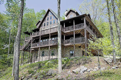 Single Family for Sale at 665 Country Club Rd Townsend, Tennessee 37882 United States