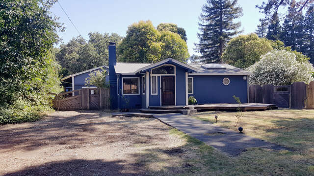 Single Family for Sale at 326 Mark West Station Road Windsor, California 95492 United States