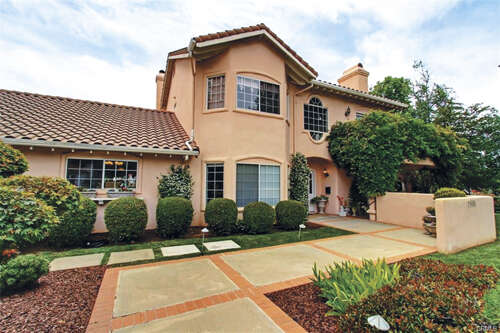 Single Family for Sale at 13686 Pine View Drive Yucaipa, California 92399 United States