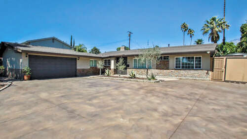 Single Family for Sale at 121 W 13th Street Upland, California 91786 United States