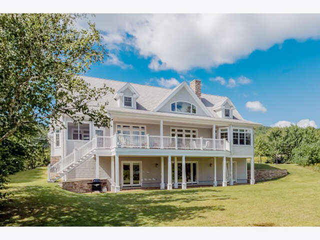 Single Family for Sale at 14 Dew Point Lane Center Harbor, New Hampshire 03226 United States
