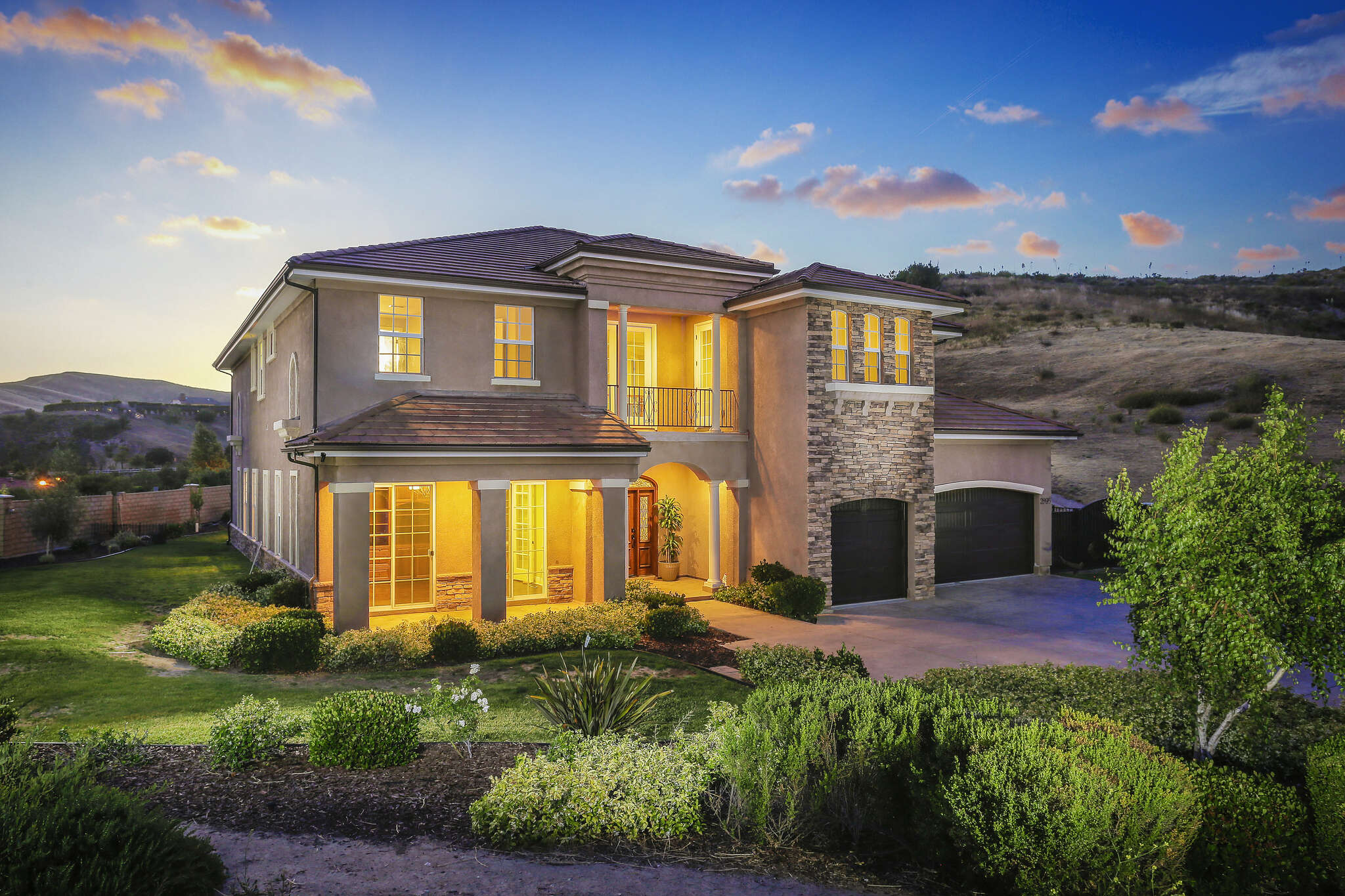 Single Family for Sale at 2895 Big Sky Pl Simi Valley, California 93065 United States