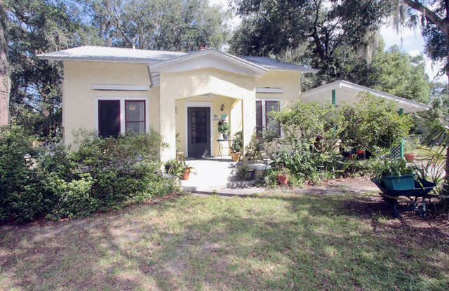 single family home for sale at 2214 president st palatka