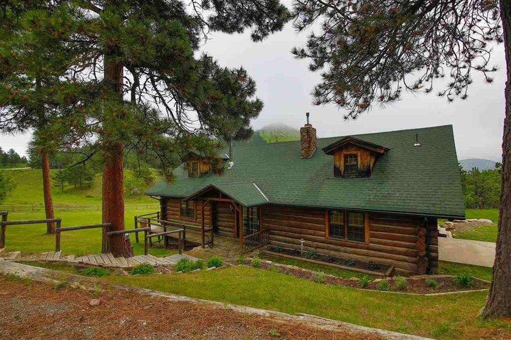 Single Family for Sale at 11571 Moon Mountain Lane Deadwood, South Dakota 57732 United States
