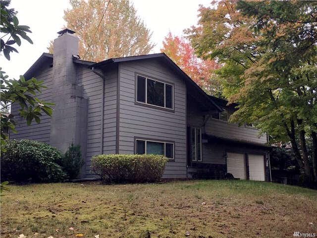 Single Family for Sale at 20205 61st Ave NE Kenmore, Washington 98028 United States