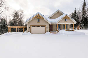 Featured Property in St Sauveur, QC J0R 1R1