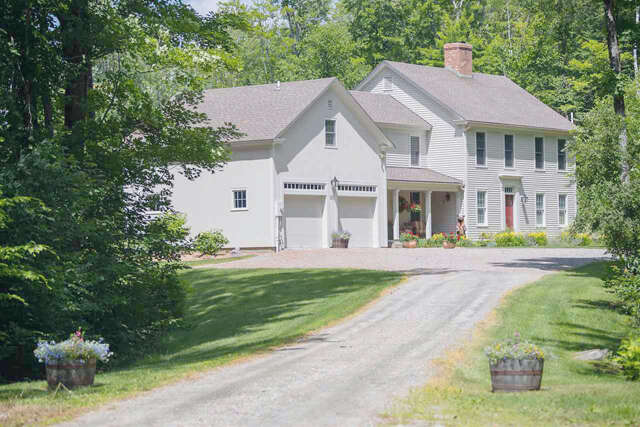 Single Family for Sale at 50 Markham Lane Weston, Vermont 05161 United States