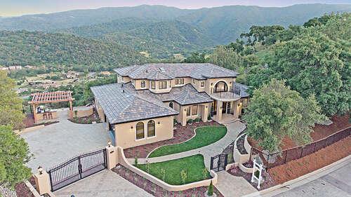 Single Family for Sale at 520 Santa Rosa Drive Los Gatos, California 95032 United States