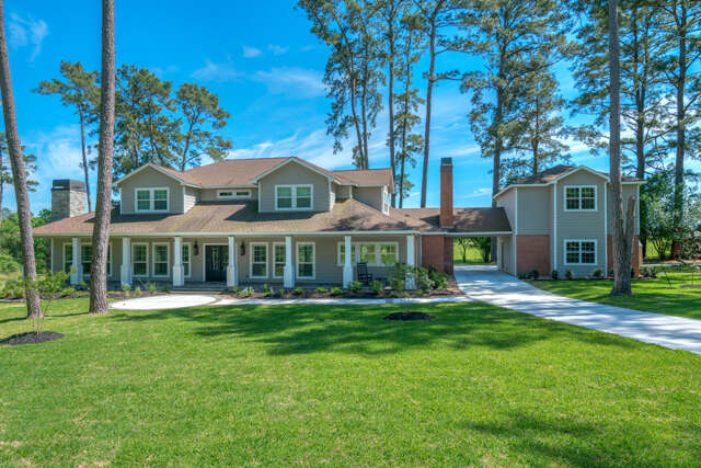 Single Family for Sale at 18023 Country Hills Tomball, Texas 77377 United States