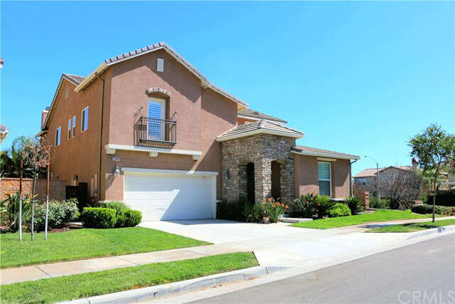 Featured Property in CORONA, CA, 92883