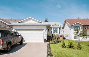 Featured Property in Grande Prairie, AB T8W 2M6