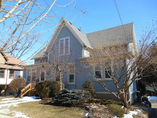 Real Estate for Sale, ListingId:63245298, location: 121 Elm Street Elgin 60123
