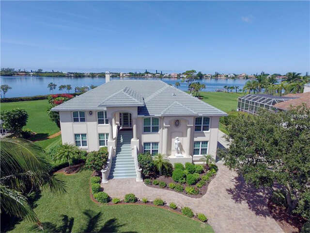 Single Family for Sale at 1760 Bayshore Drive Englewood, Florida 34223 United States
