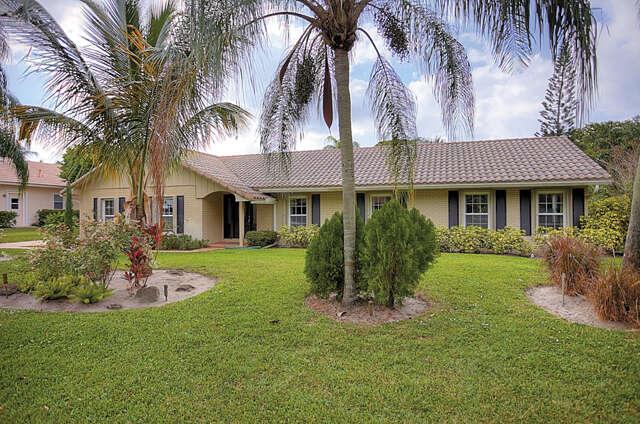 Single Family for Sale at 10231 Saint Andrews Road Boynton Beach, Florida 33436 United States