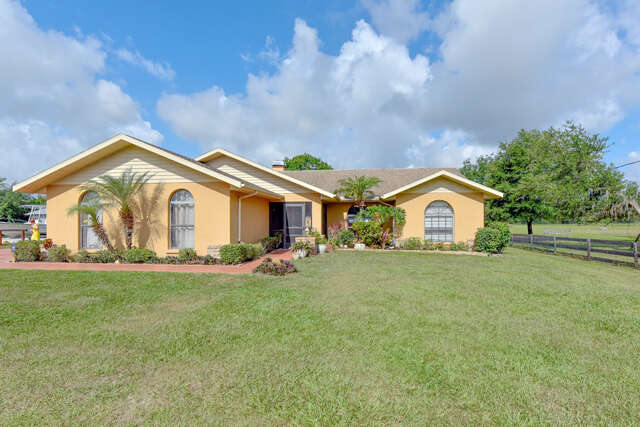 Single Family for Sale at 8050 Barr Road Myakka City, Florida 34251 United States