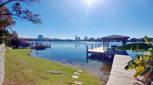 Single Family for Sale at 526 Lakeview Street Orlando, Florida 32804 United States