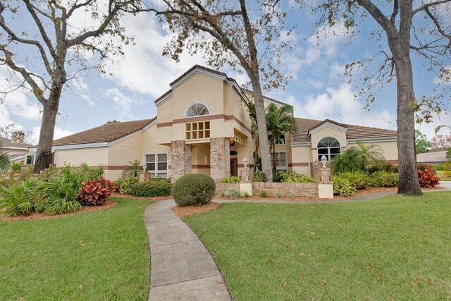 Single Family for Sale at 1808 Chandelle Ct Port Orange, Florida 32128 United States