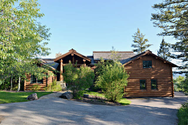 Single Family for Sale at 1291 Trail Ridge Drive Alpine, Wyoming 83128 United States