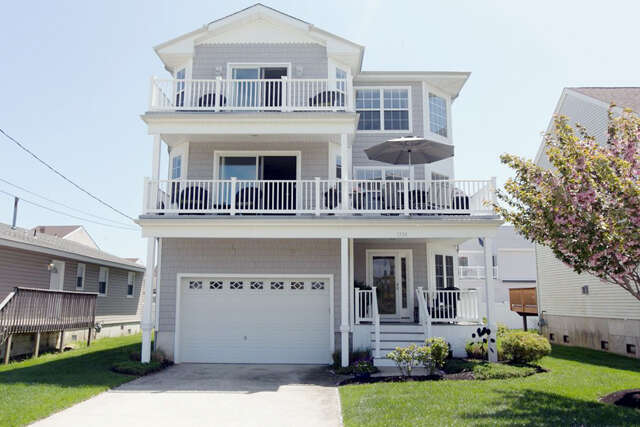 Single Family for Sale at 1334 Vardon Road Brigantine, New Jersey 08203 United States