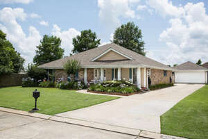 Featured Property in Harvey, LA 70058