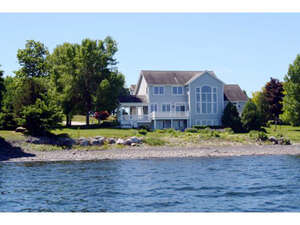 Featured Property in Grand Isle, VT 05458