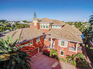Featured Property in Sarasota, FL 34236
