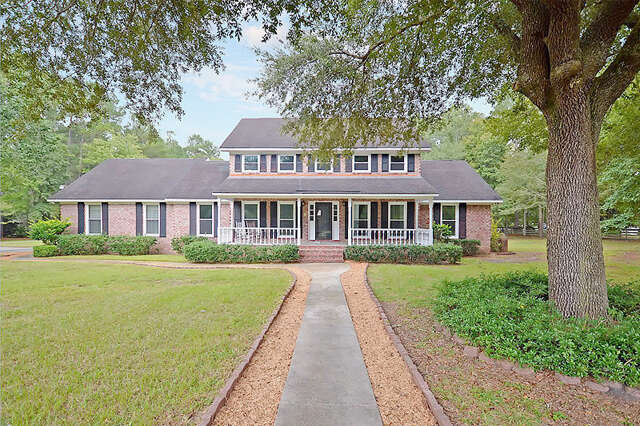 Single Family for Sale at 109 Pelham Drive Summerville, South Carolina 29483 United States