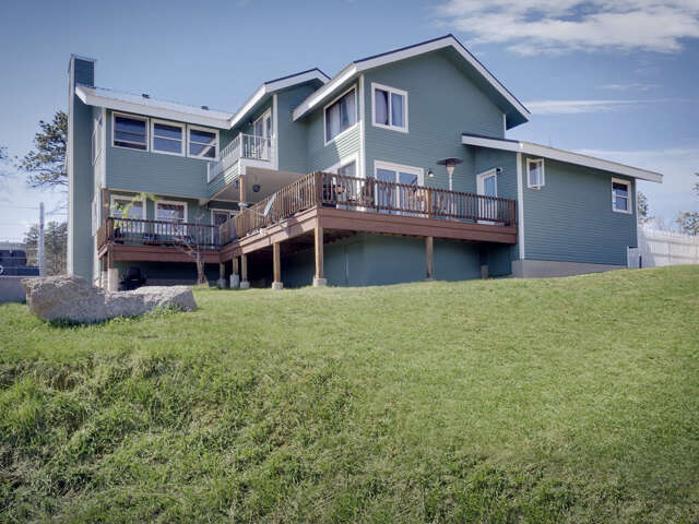Single Family for Sale at 975 Old Camp Rd Bellvue, Colorado 80512 United States