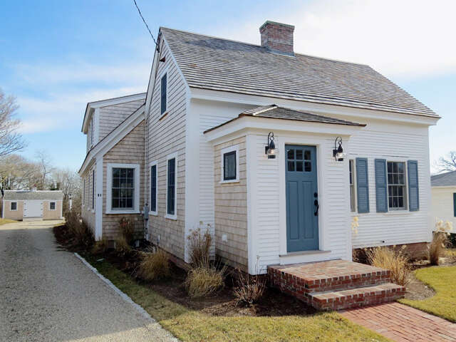 Single Family for Sale at 61 School Street Chatham, Massachusetts 02633 United States