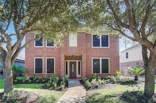 Featured Property in RICHMOND, TX, 77469