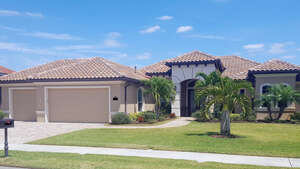 Featured Property in Viera, FL 32940