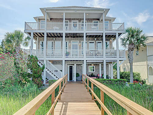 Single Family for Sale at 1119 Canal Drive Carolina Beach, North Carolina 28428 United States