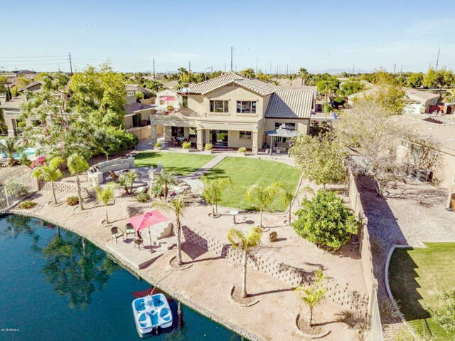 Single Family for Sale at 425 E Coconino Place Chandler, Arizona 85249 United States