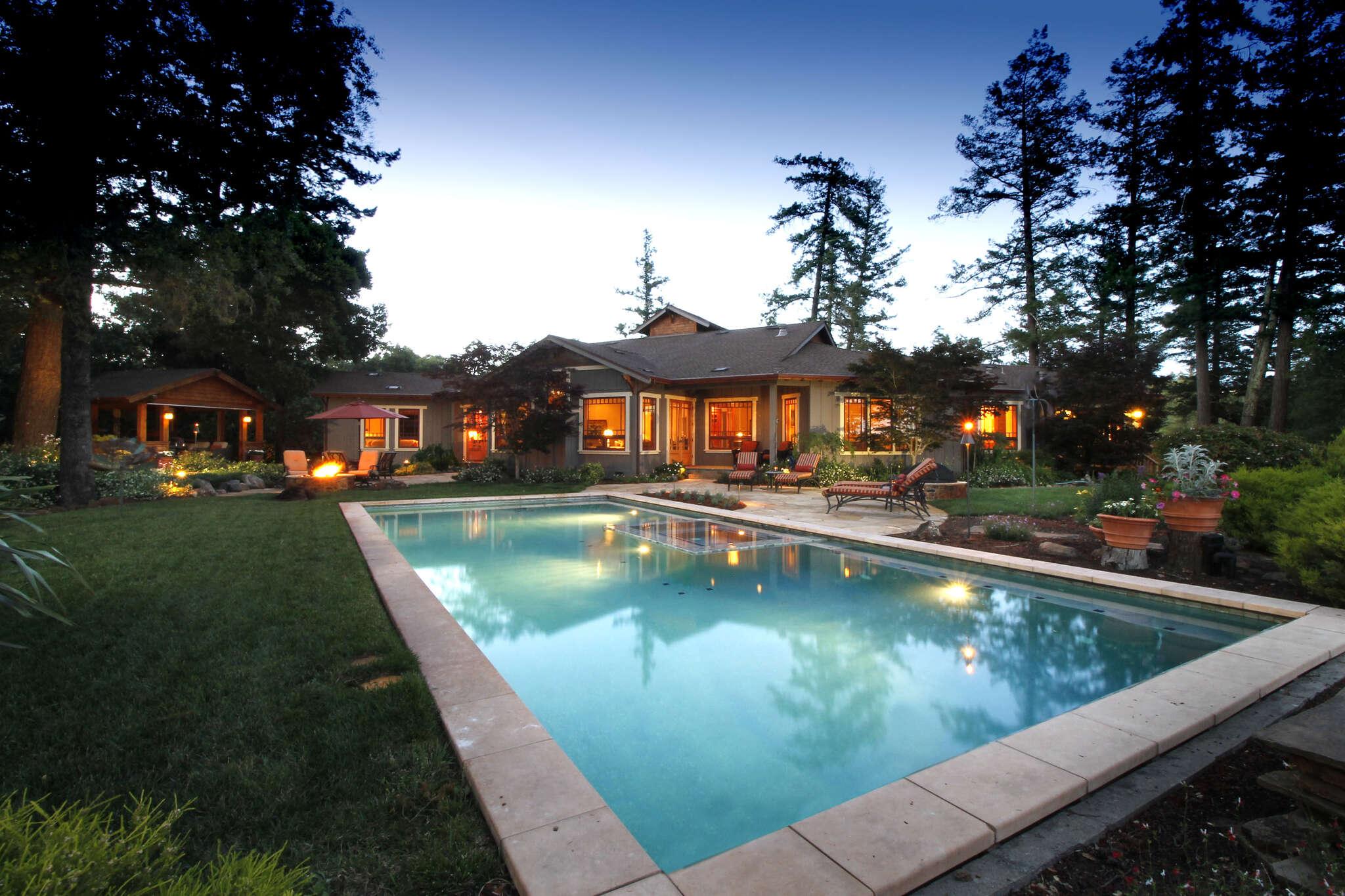 Single Family for Sale at 15315 Norton Road Healdsburg, California 95448 United States