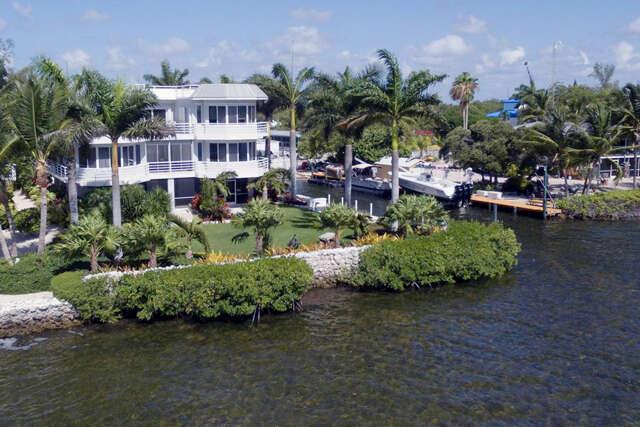 Single Family for Sale at 569 Hazel Street Key Largo, Florida 33037 United States