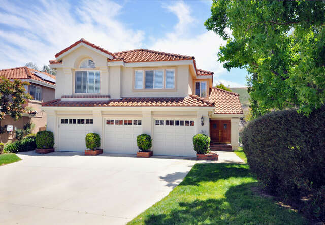 Single Family for Sale at 396 Hornblend Court Simi Valley, California 93065 United States