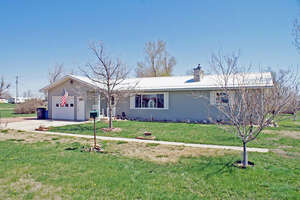 Featured Property in Oelrichs, SD 57763
