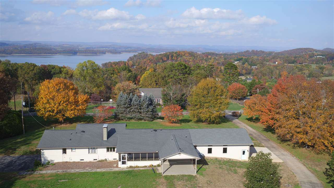 Single Family for Sale at 8209 Greenbriar Road Talbott, Tennessee 37877 United States